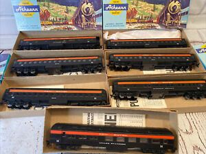 Athearn/ Bev bel HO Scale New Haven lot of 8 complete classic set.