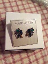 $55 MARCHESA Goldtone White Metal Cluster Pierced Earrings mc-39