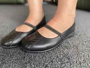 Diana Ferrari Supersoft Black Leather Ladies Size 9C Shoes Flats