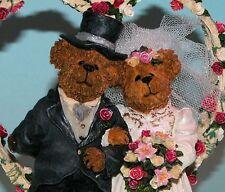 """Boyds """"Doug and Jill"""" wedding heart arch, #2277930 2003, Nib, bride & groom ret."""