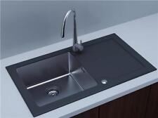 Artículos de baño sin marca color principal negro