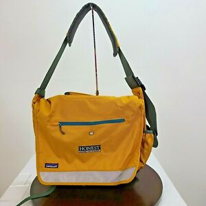 Patagonia Laptop Messenger Bag Mustard Yellow Clips Pockets Adjustable Straps