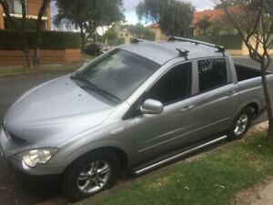 wrecking ssangyong actyon sports a200s,4wd,2.0 diesel dual cab,4 speed automatic