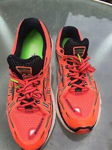 Brooks Transcend men's premium running/training shoes orange size 9.5 medium (D)