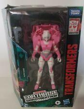 WFC-E17 ARCEE Transformers War for Cybertron Earthrise Deluxe Hasbro 2020 New