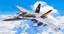 """Avion de combat US Mc DONNELL DOUGLAS F/A-18C """"HORNET""""- KIT REVELL 1/72 n° 04894"""