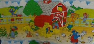 Vintage Gorgeous Sesame Street Farm Themed Fabric Remnant (140cm x 55cm)