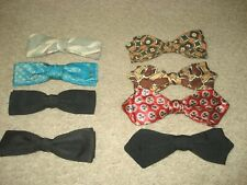 Eight Vintage Men Clip-On Bow Ties