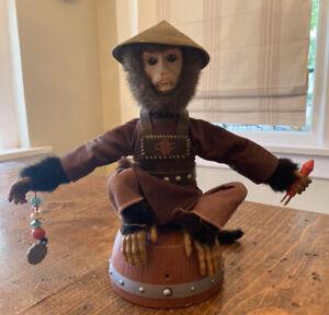 07 Zizzle Rare Disney Pirates Caribbean Monkey Toy Gemmy Prop Works Moves Sounds