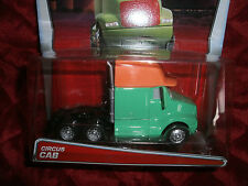 DISNEY PIXAR THE WORLD OF CARS DELUXE SUPER CHASE CIRCUS CAB NEW