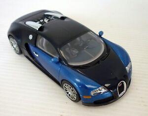 AUTOART BUGATTI VEYRON EB 16.4 BLACK/BLUE 1:43 SCALE