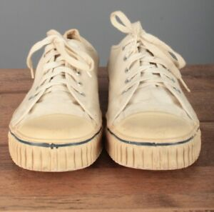 Boys 1950s 1960s US Made Canvas Basketball Shoes sz 5 50s 60s Vtg Sneakers
