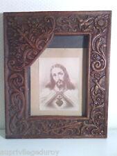 SACRE COEUR de JESUS, IMAGE SOUS CADRE BOIS ARTISANAL, SCULPTE MAIN