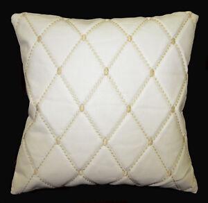 pj09a Cream White Checker Faux Leather Skin Emborider Foam Backing Cushion Cover