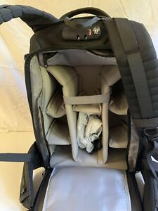 Neewer Pro Camera Case Waterproof Shockproof Adjustable PaddedCamera Backpack