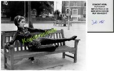 orig s/w-Foto Dame Erotik Stiefel Latex Fetisch Rubber Straße Atomage Kunst 1965