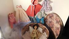 TONNER BETSY McCALL DOLL 14 inch w/ hat box bed, doll clothes includes doll