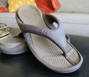 CROCS Thong Flip-Flops Mens Sz 6 Women's Sz 8 Brown Sandals