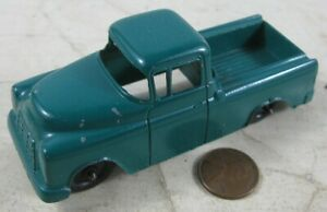 "Vintage 1950's Die Cast 4"" Tootsie Toy Chevy Cameo Carrier Truck Green"