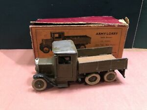 Britains: Boxed Set 1335 - Army Lorry With Six Wheels. Pre War c1930s