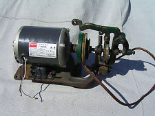 VTG  Industrial Sewing Machine Motor W/ Atlas Clutch Bracket 1/3 HP singer 29