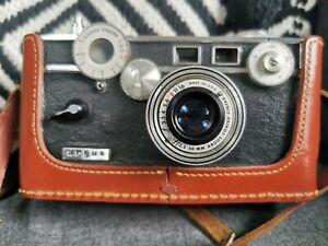 Vintage Argus C3 Rangefinder Film Camera with cintar 50mm Lens and Leather Case