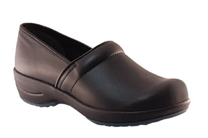 Sanita Hygge Wave Clogs - best nurse shoes - comfortable - Black leather