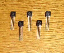 20 Transistoren  2 N 2222 ( = 20 pcs = npn , 60 V , 0,8 A , 0,5 W )