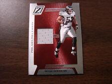 2005 Zenith # Z-76 Hugh Douglas Jersey Card (B38) Philadelphia Eagles