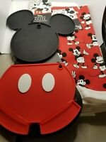 Mickey Mouse Kitchen Bundle -  2 Kitchen Towels + 2 Piece Mickey Silicone Trivet
