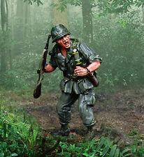 COLLECTORS SHOWCASE VIETNAM WAR CS00948 U.S. MARINE FNG 1ST LIEUTENANT MIB