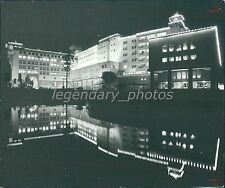 1977 Ashoke Hotel in New Delhi India, Reflection Original News Service Photo