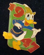 Disney Pin - Donald 1947 Only -Donald Duck Through The Years 6 Pin Set- Le 1934