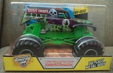 HOT WHEELS MONSTER JAM 1/24 GRAVE DIGGER TRUCK 2015 OFF ROAD CCB06  *NEW*