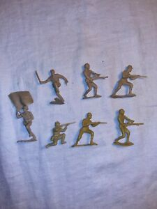 Vintage 1968 Marx Iwo Jima Japanese Soldiers  LOT of 7