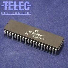 1 PC. Motorola MC68B09S 8-bit CPU / MPU MC6809 6809 DIP/DIL CERDIP 2MHz