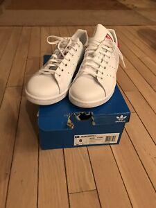 *NEW* Adidas Originals Stan Smith J (Youth Size 6)