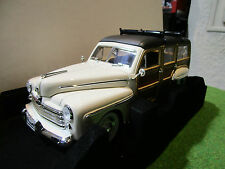 FORD WOODY 1948 + PLANCHE SURF + MEDAILLE o 1/18 YATMING 20028 voiture miniature
