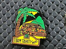 PINS PIN BADGE GARAGE CAR RENAULT CLIO TEAM MICHELIN TAHITI