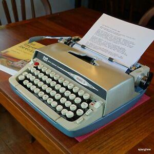 1965 Smith-Corona Galaxie II typewriter with case+new ribbon. Working perfectly.