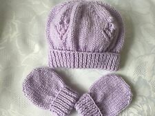 Hand Knitted Baby Girls Lilac Hat and Mittens Set  0- 3 mths  'NEW'