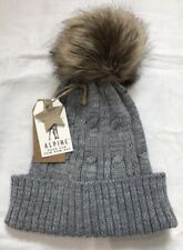 High Street Grey Cable Knit Hat Faux Fur Pompom One Size (hs-3a)