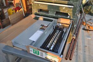 Siemens SN4040B1200P1  200 Amp 40-Space 40-Circuit  Plug-On Neutral W/MAIN