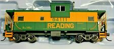 HO Scale - ATLAS MASTER LINE 20 005 021 READING Ext. Vision Caboose