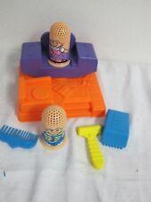 FUZZY PUMPER BARBER HAIR SALOON  SHOP PLAY DOH 1996 HASBRO