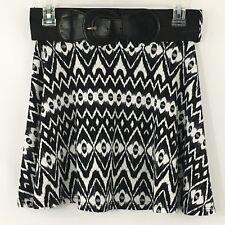 Discreet Womens Black White Knit Flare Skater Skirt Juniors Size Medium