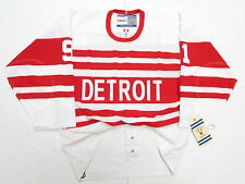 SERGEI FEDOROV DETROIT RED WINGS AUTHENTIC 1992 VINTAGE CCM 6100 JERSEY SIZE 48