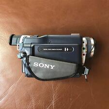 Sony DCR-TRV325E Video 8 Hi-8 Digital 8 Handycam Caméscope