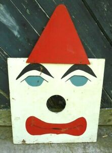 VINTAGE EARLY OR MID 20th CENTURY WOODEN CLOWN CARNIVAL GAME