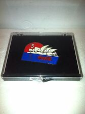 SYNDEY AUSTRALIA OPERA HOUSE OLYMPIC PIN: YEAR 2000 COUNT DOWN: & FREE X~MAS CD